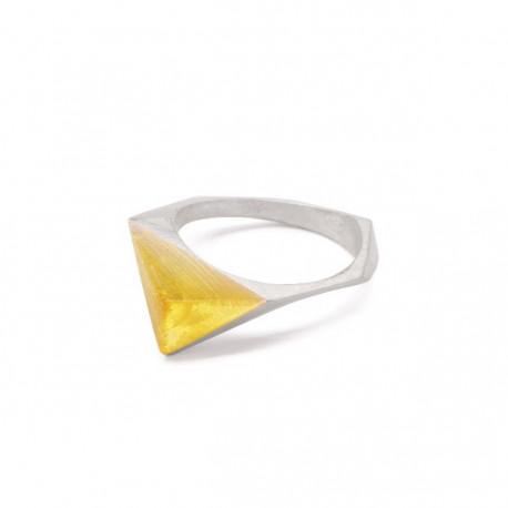 one amber edge